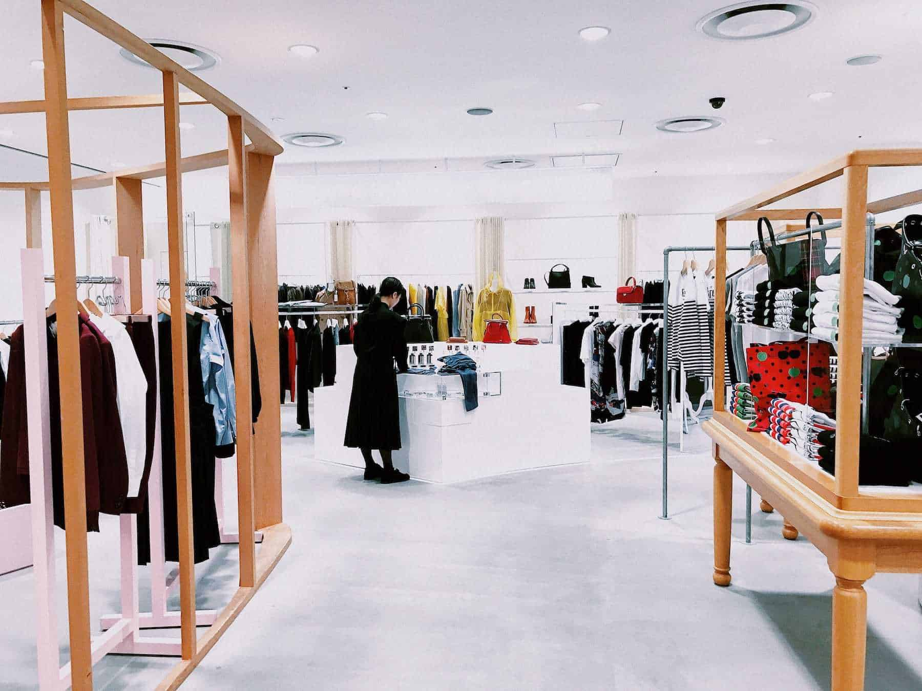 Technologies Physical Stores Should Take Advantage of in 2021